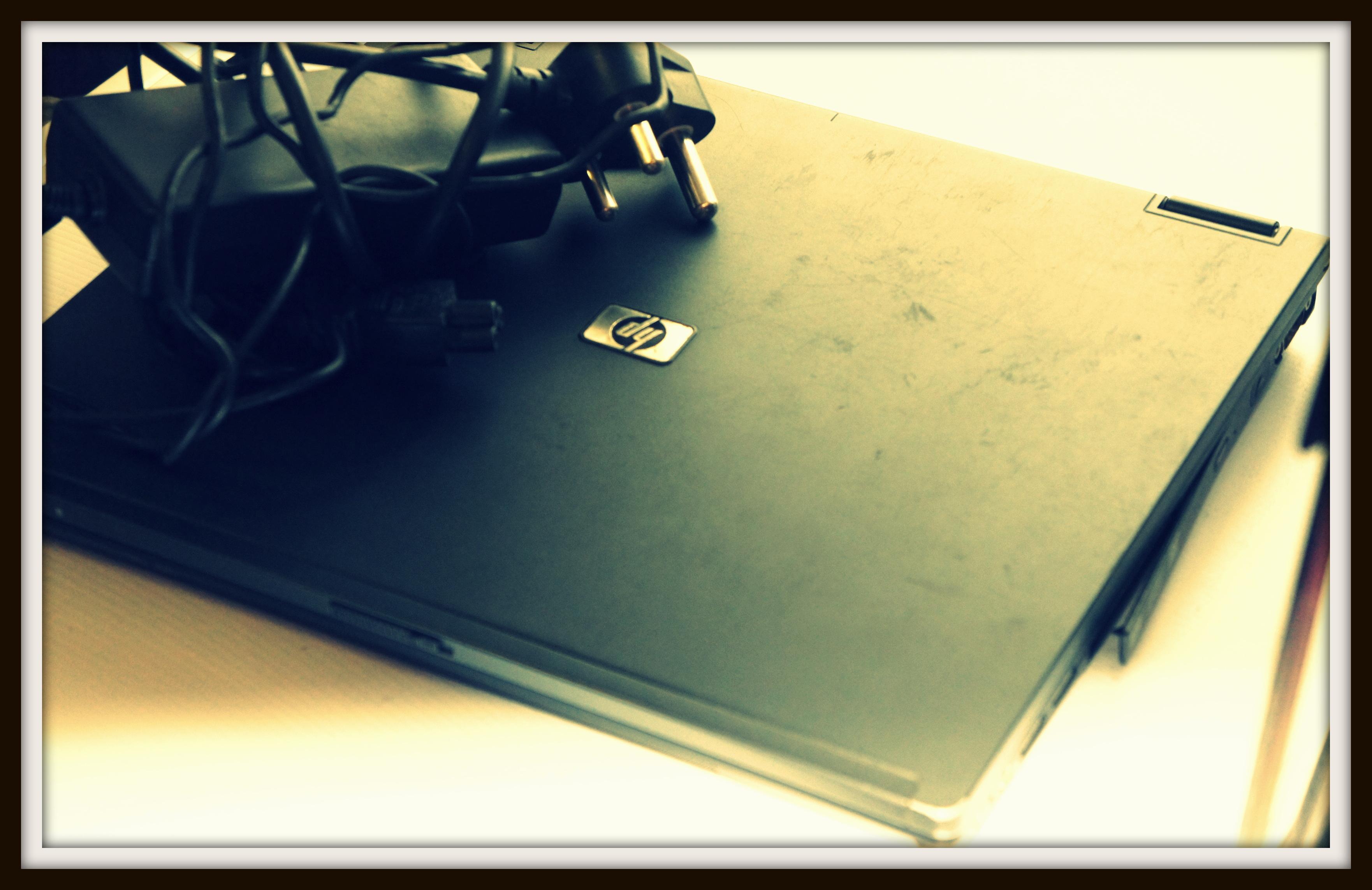 laptop2b